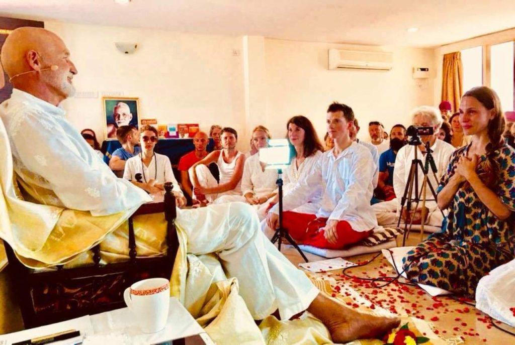Jnana Yoga Advaita Vedanta - Self Inquiry Retreats Tiruvannamalai South India